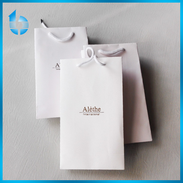 Grade Embossed Bronzing Paper Bags With White Cotton Rope Handles For Scarf
