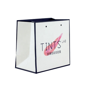 Wholesale Custom Logo Printed Recycled Christmas Gift Packing White Paper Bag