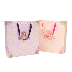 High Quality Customized Kcrft Design Logo Paper Gift Bags With Handles For Gifts